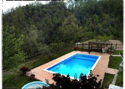 la-piscina-dal-terrazzo